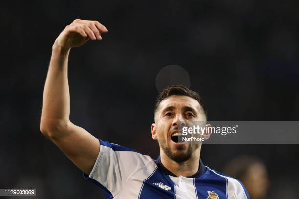 Porto's Mexican midfielder Hector Herrera celebrates the victory in the match during the UEFA Champions League match between FC Porto and AS Roma at...