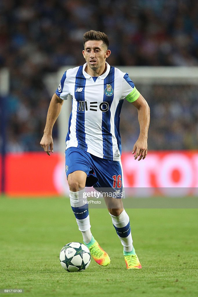 Porto's Mexican midfielder Hector Herrera in action during the UEFA Champions League match between FC Porto and AS Roma, at Dragao Stadium in Porto on August 17, 2016.