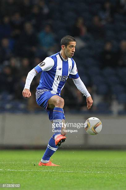 Porto's midfielder Evandro during the Champions League match between FC Porto and Borussia Dortmund for UEFA Europa League Round of 32 Second Leg at...