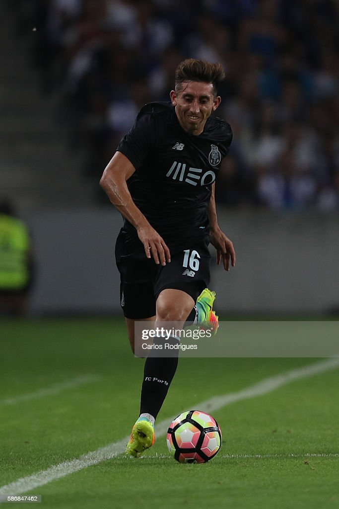 FC Porto's midfielder from Mexico Hector Herrera during the match between FC Porto v Villarreal CF friendly match at Estadio do Dragao on August 6, 2016 in Porto, Portugal.