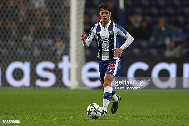 Porto's midfielder Oliver Torres from Spain during the match between FC Porto v Leicester City FC UEFA Champions League match at Estadio do Dragão on...