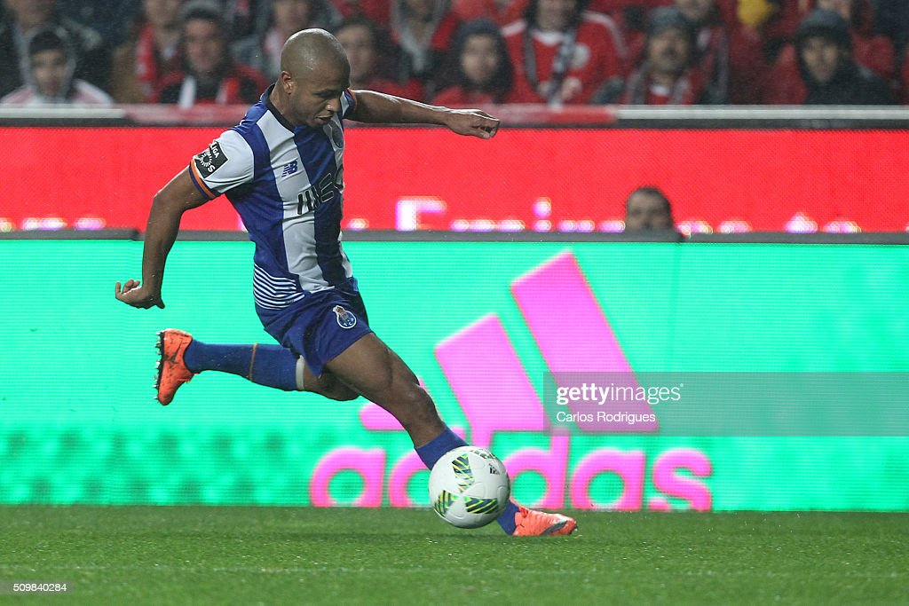 Porto's midfielder Yacine Brahimi during the match between SL Benfica and FC Porto for the portuguese Primeira Liga at Estadio da Luz on February 12, 2016 in Lisbon, Portugal.