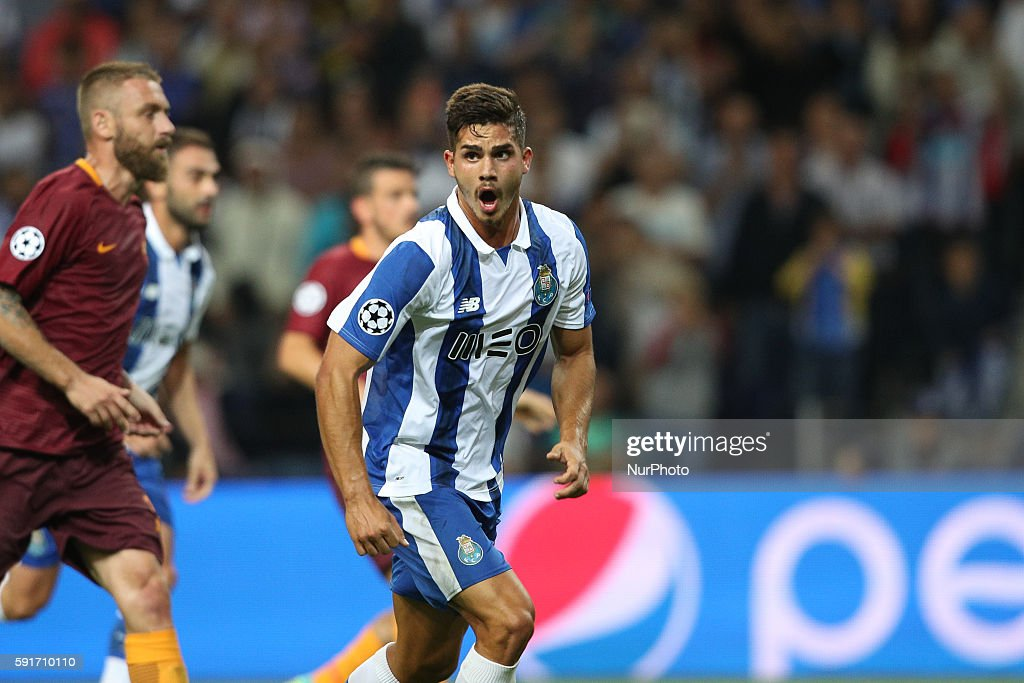 Porto's Portuguese forward Andre Silva celebrates after scoring a goal during the UEFA Champions League match between FC Porto and AS Roma, at Dragao Stadium in Porto on August 17, 2016.
