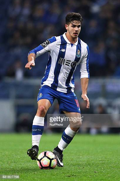 Porto's Portuguese forward Andre Silva in action during the Premier League 2016/17 match between FC Porto and Moreirense at Dragao Stadium in Porto...