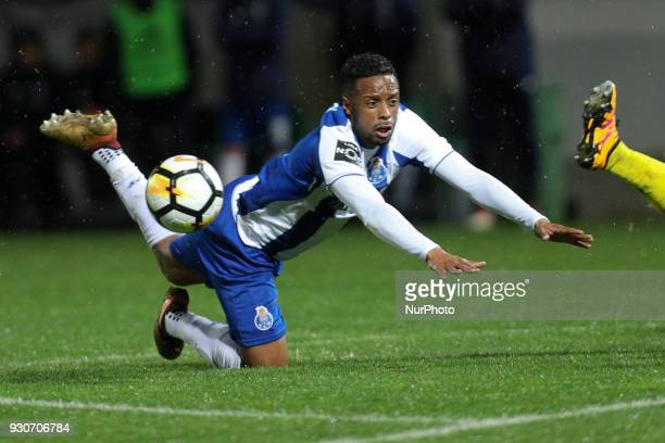 Porto's Portuguese forward Hernani in action during the Premier League 2017/18 match between Pacos Ferreira and FC Porto at Mata Real Stadium in...