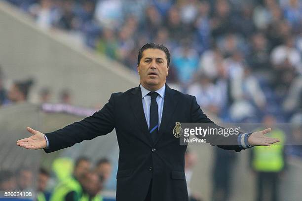 Porto's Portuguese head coach Jos�� Peseiro reactions during the Premier League 2015/16 match between FC Porto and Sporting CP at Drag��o Stadium in...