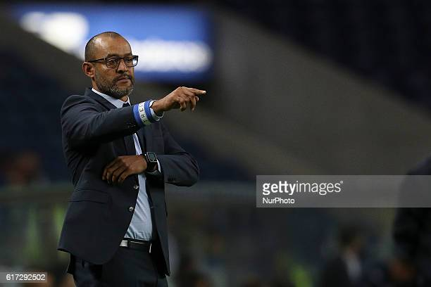 Porto's Portuguese head coach Nuno Espirito Santo during Premier League 2016/17 match between FC Porto and FC Arouca at Dragao Stadium in Porto on...