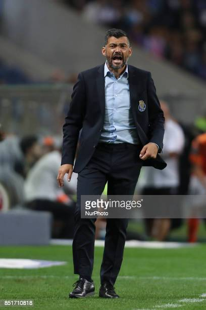Porto's Portuguese head coach Sergio Conceicao during the Premier League 2016/17 match between FC Porto and Portimonense SC at Dragao Stadium in...