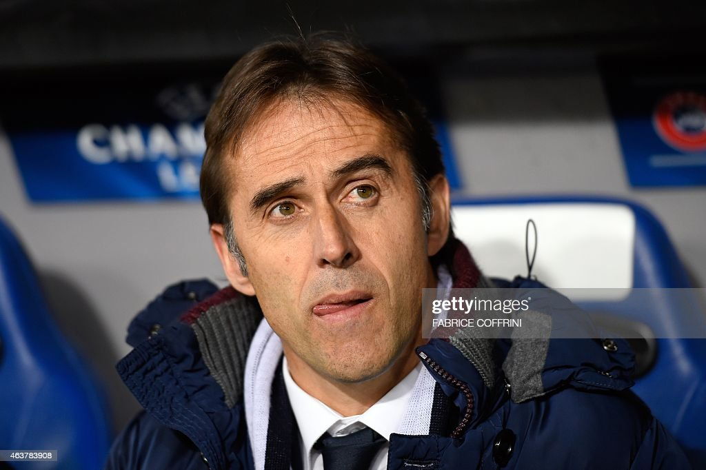 Porto's Spanish coach Julen Lopetegui looks on prior to the UEFA Champions League round of 16 first leg football match between Basel (FCB) and Porto (FCP) on February 18, 2015 at the St. Jakob-Park stadium in Basel.