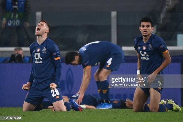 Porto's Spanish forward Toni Martinez celebrates at the end of the UEFA Champions League round of 16 second leg football match between Juventus Turin...