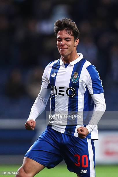 Porto's Spanish midfielder Oliver Torres celebrates after scoring a goal during the Premier League 2016/17 match between FC Porto and Moreirense at...