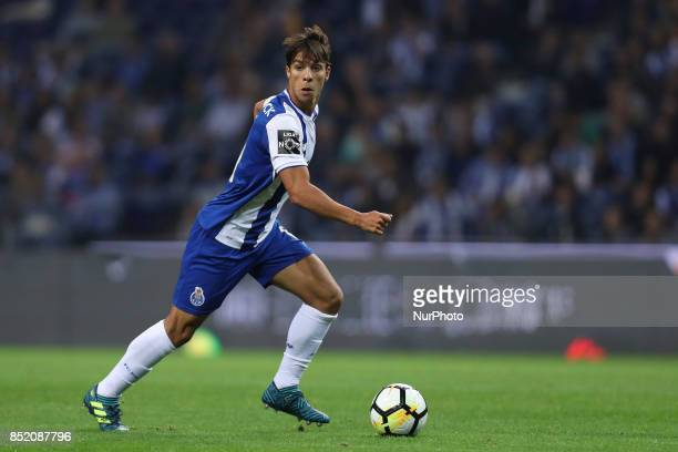 Porto's Spanish midfielder Oliver Torres during the Premier League 2016/17 match between FC Porto and Portimonense SC at Dragao Stadium in Porto on...