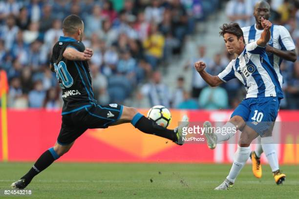 Porto's Spanish midfielder Oliver Torres during the preseason friendly between FC Porto and Deportivo da Corunha at Dragao Stadium on July 30 2017 in...