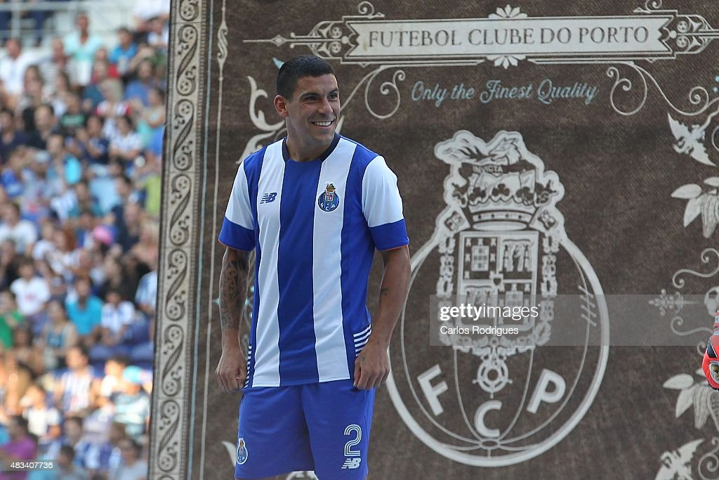 FC Porto v Napoli: Pre-Season Friendly