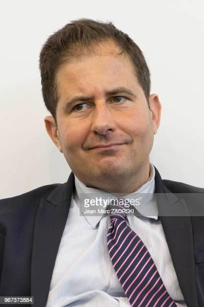 Portrait d'Alexis Lacroix journaliste éditorialiste et essayiste français directeur délégué de la rédaction de « L'Express » chargé de la culture et...