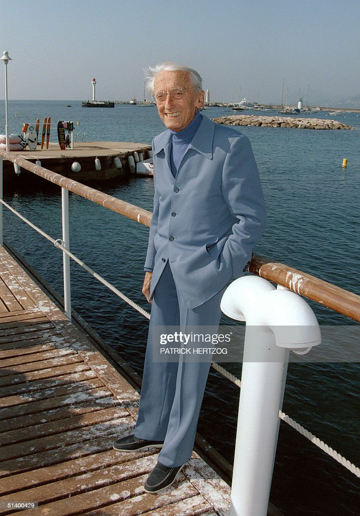 Portrait dated 09 April 1995 in Cannes, southeast of France, of Jacques-Yves Cousteau, French undersea explorer and naturalist, during a press conference. Cousteau (1910-97) was a co-inventor of the Aqualung diving apparatus (1943) and he also pioneered the first underwater habitats in the 1960s, allowing 'oceanauts' to exist at depths of hundreds of feet for weeks at a time. Popular at home and abroad through his television series, he frequently topped polls as the most admired figure in France.