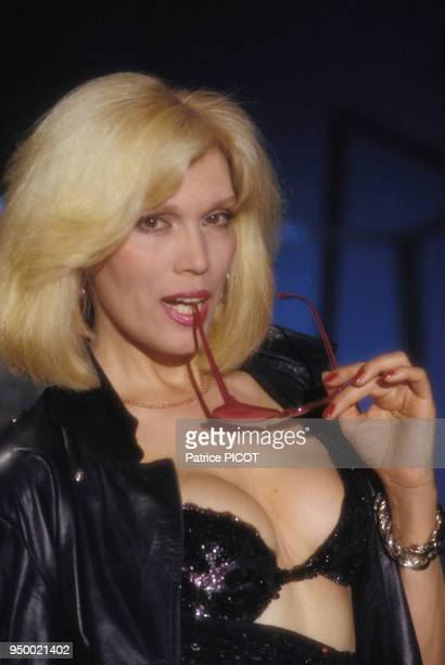 Portrait de Amanda Lear en mai 1989 à Paris France