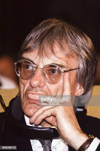 Portrait de Bernie Ecclestone, ancien pilote automobile et homme d'affaires, le 4 mai 1994 à Paris, France.