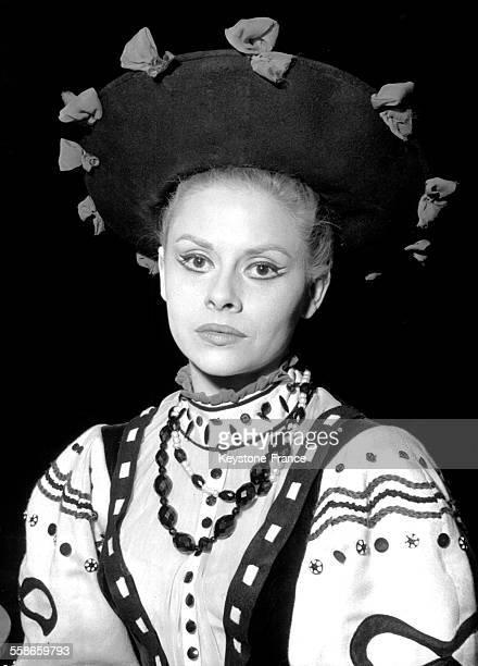 Portrait de Christiane Minazzoli dans la pièce de théâtre 'Erik IV' mise en scène par Jean Vilar au TNP à Paris France le 18 février 1960