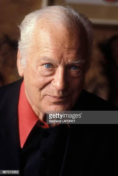Portrait de Curd Jurgens, acteur, chez lui le 23 décembre 1979 à Gruben, Suisse.