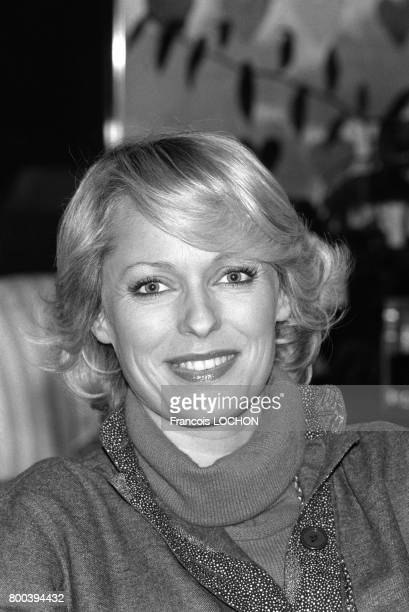 Portrait de Jacqueline Alexandre, journaliste et animatrice de télévision, en octobre 1976 à Paris, France.