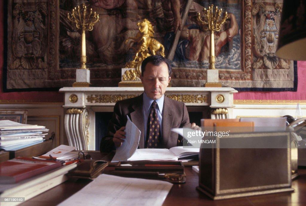 Portrait De Jacques Delors Ministre De L Economie Et Des Finances A News Photo Getty Images
