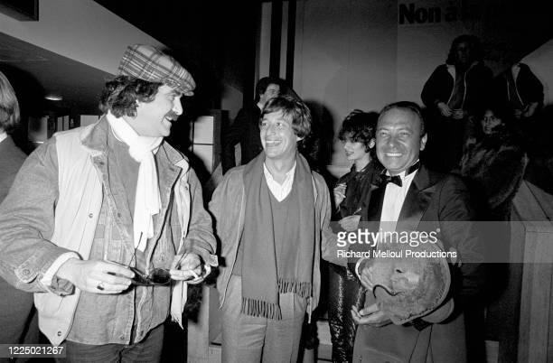Portrait de Jacques Séguéla accompagné de l'humoriste Roland Magdane et l'animateur radio Patrick Sabatier lors de sa grande soirée au Meridien...
