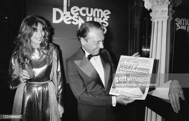"""Portrait de Jacques Séguéla accompagné de Pia Munck lors de sa grande soirée au Meridien """"L'écumes des nuits"""" pour la sortie de son livre """"Hollywood..."""