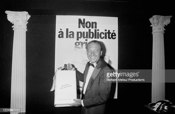 """Portrait de Jacques Séguéla lors de sa grande soirée au Meridien """"L'écumes des nuits"""" pour la sortie de son livre """"Hollywood lave plus blanc"""""""