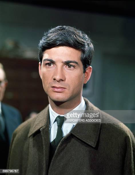 Portrait de JeanClaude Brialy dans le film 'Les Veinards' de Jack Pinoteau en 1962 à Paris France
