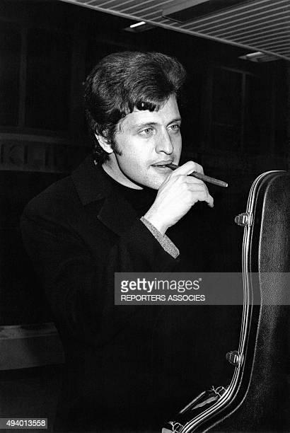 Portrait de Joe Dassin circa 1970