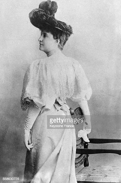 Portrait de la cantatrice australienne Nellie Melba qui inspira le celebre cuisinier francais Auguste Escoffier dans la creation du dessert 'la peche...