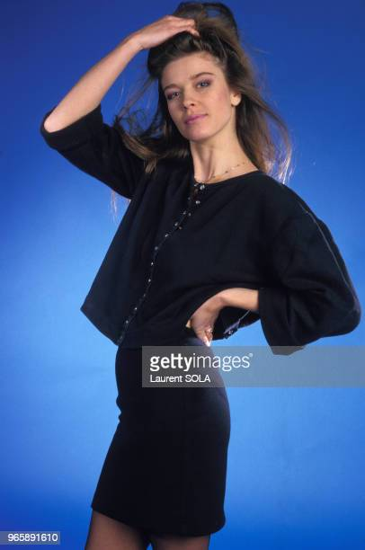 Portrait de la chanteuse Corynne Charby le 24 novembre 1986 à Paris France