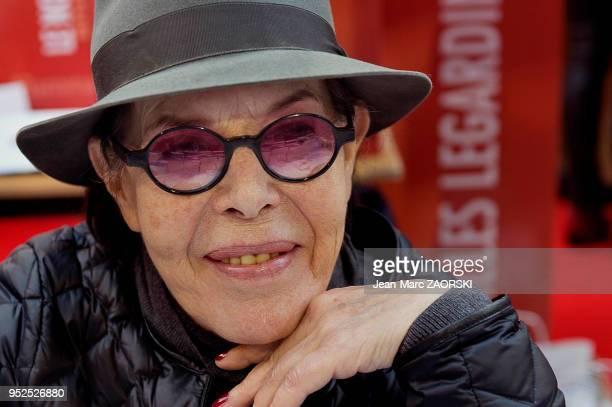 Portrait de la chanteuse et comédienne française Dani à l'occasion de la 35e Foire du Livre à BrivelaGaillarde en France le 6 novembre 2016