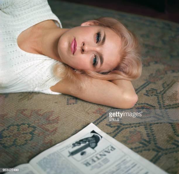 Portrait de la comédienne française Marie Dubois circa 1960