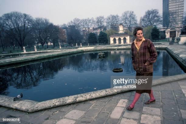 Portrait de la féministe Germaine Greer en mars 1984 au RoyaumeUni