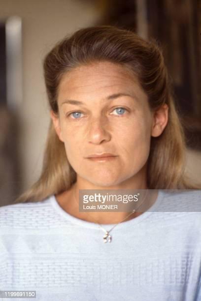 Portrait de la philosophe Elisabeth Badinter en 1988 France