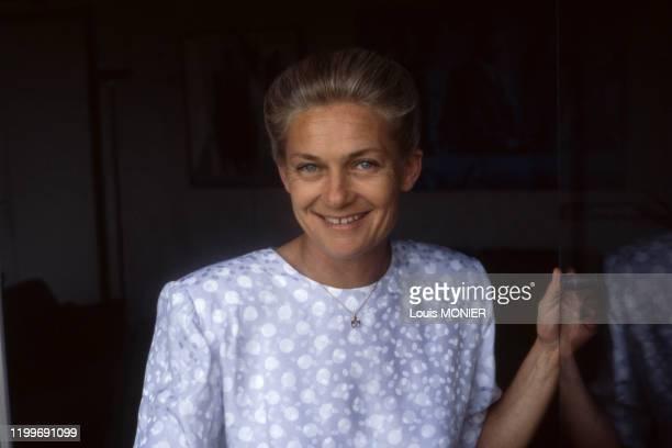 Portrait de la philosophe Elisabeth Badinter en juillet 1992 France