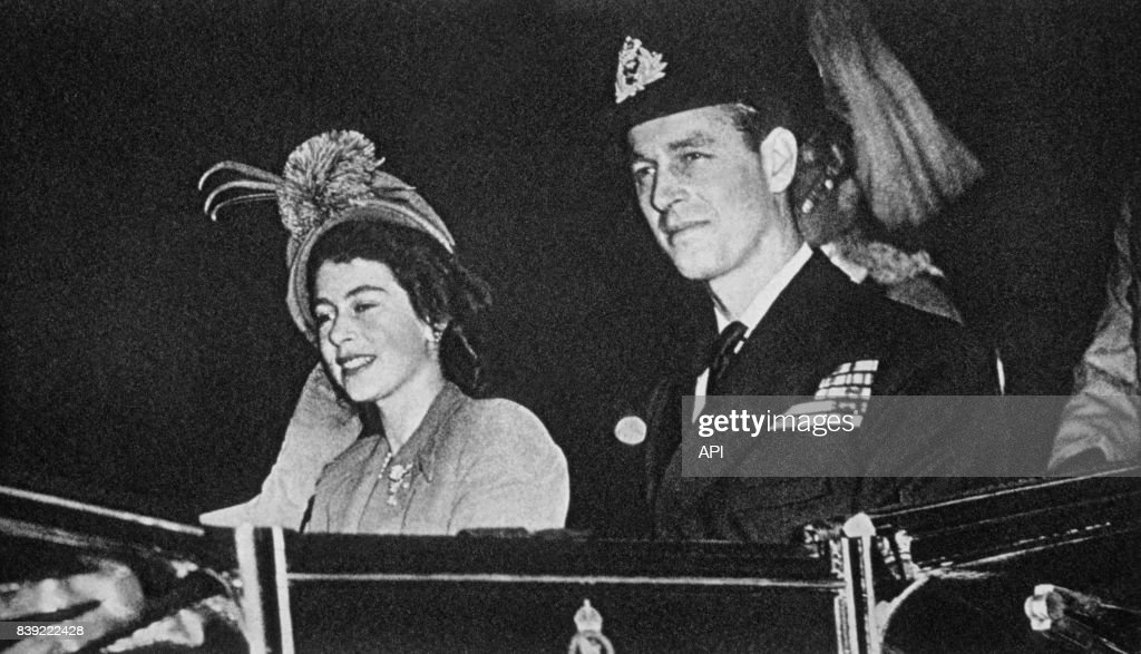 Elizabeth II et le Duc d'Edimbourg : News Photo