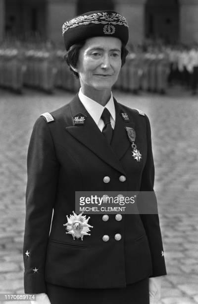 Portrait de la seule femme Général de l'armée française Valérie André le médecin général inspecteur du service de santé des armées lors d'une prise...