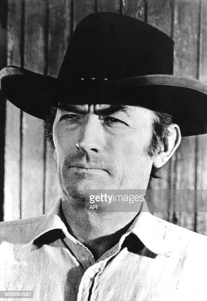 Portrait de l'acteur américain Gregory Peck sur le film 'Quand siffle la dernière balle' ou 'Shout out' de Henry Hathaway en 1971 aux EtatsUnis