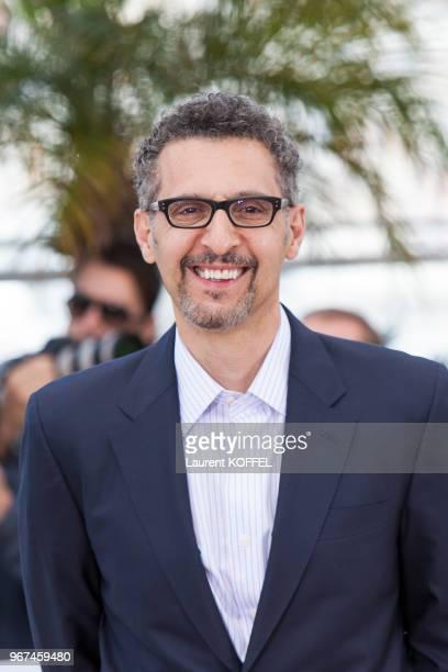 Portrait de l'acteur John Turturro lors du photocall du film Mia Madre' pendant le 68eme Festival du Film Annuel au Palais des Festivals le 16 mai...