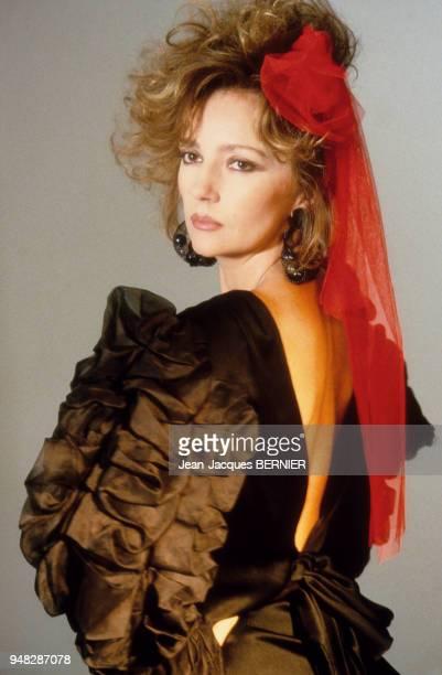 Portrait de l'actrice Caroline Cellier en mars 1985 à Paris France