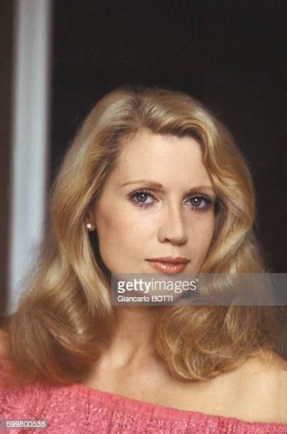 Catherine Erhardt Nude Photos 92