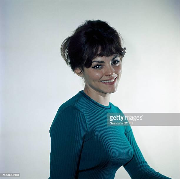 Portrait de l'actrice Catherine Rouvel circa 1960 en France