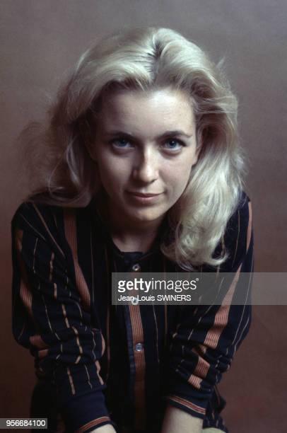 Portrait de l'actrice française Marie Dubois en 1964
