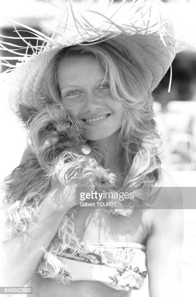 Portrait de l'actrice française Mimi Coutelier à Cannes dans les AlpesMaritimes en France le 1er mai 1979