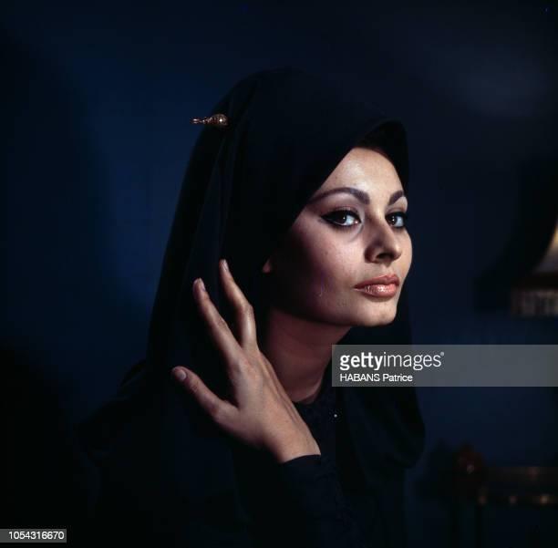Portrait de l'actrice italienne Sophia LOREN lors du tournage du film La Chute de l'empire romain' d'Anthony Mann Février 1963 Portrait de Sophia...