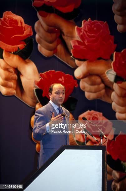 Portrait de Laurent Fabius lors du meeting électoral du parti socialiste à Montlouis