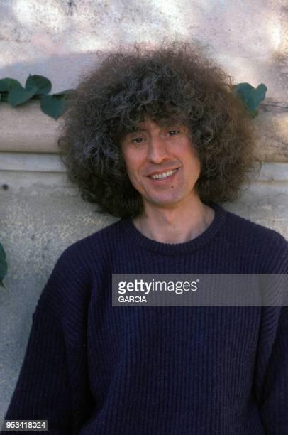 Portrait de l'auteurcompositeurinterprète Angelo Branduardi en janvier 1989 France